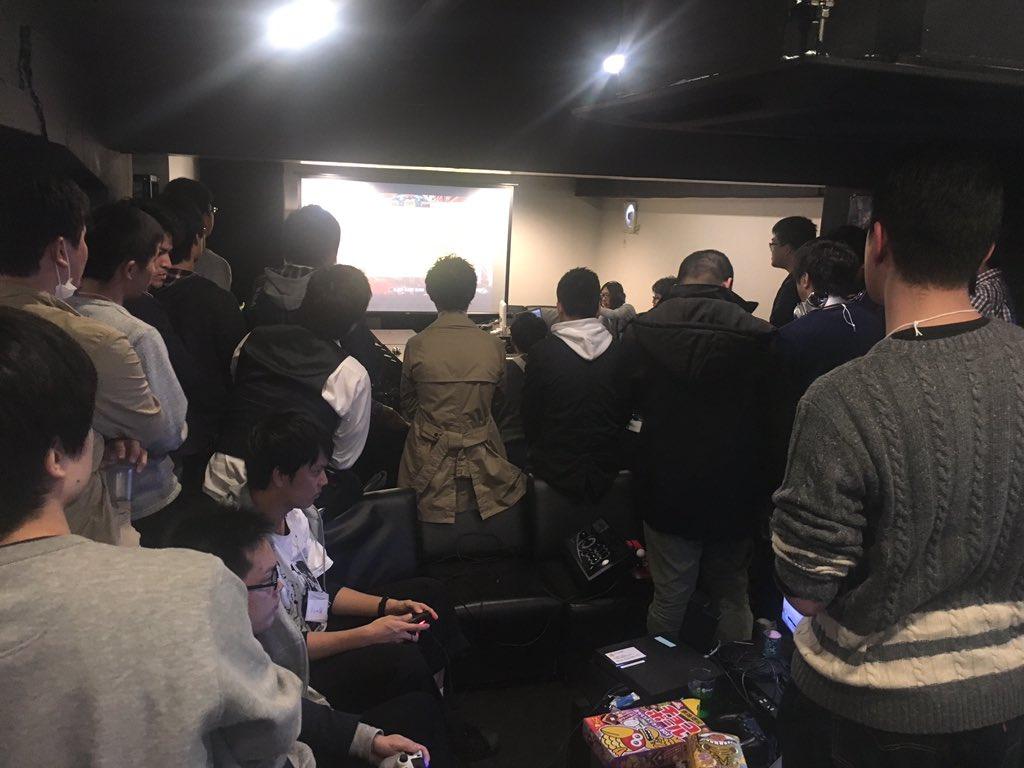 大阪のゲームバーで交流会